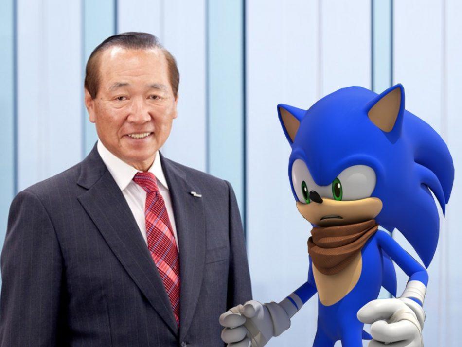 Imagem: fotomontagem com Hajime Satomi, CEO e presidente da Sega Sammy Holdings Inc. e Sonic the Hedgehog.